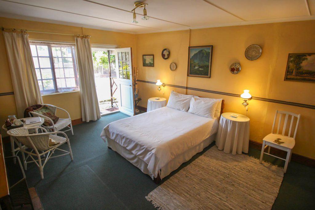 room-garden-suite-03