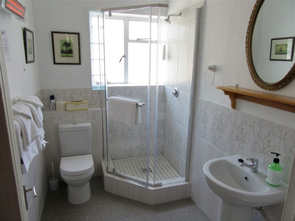 4 Bathroom-H900